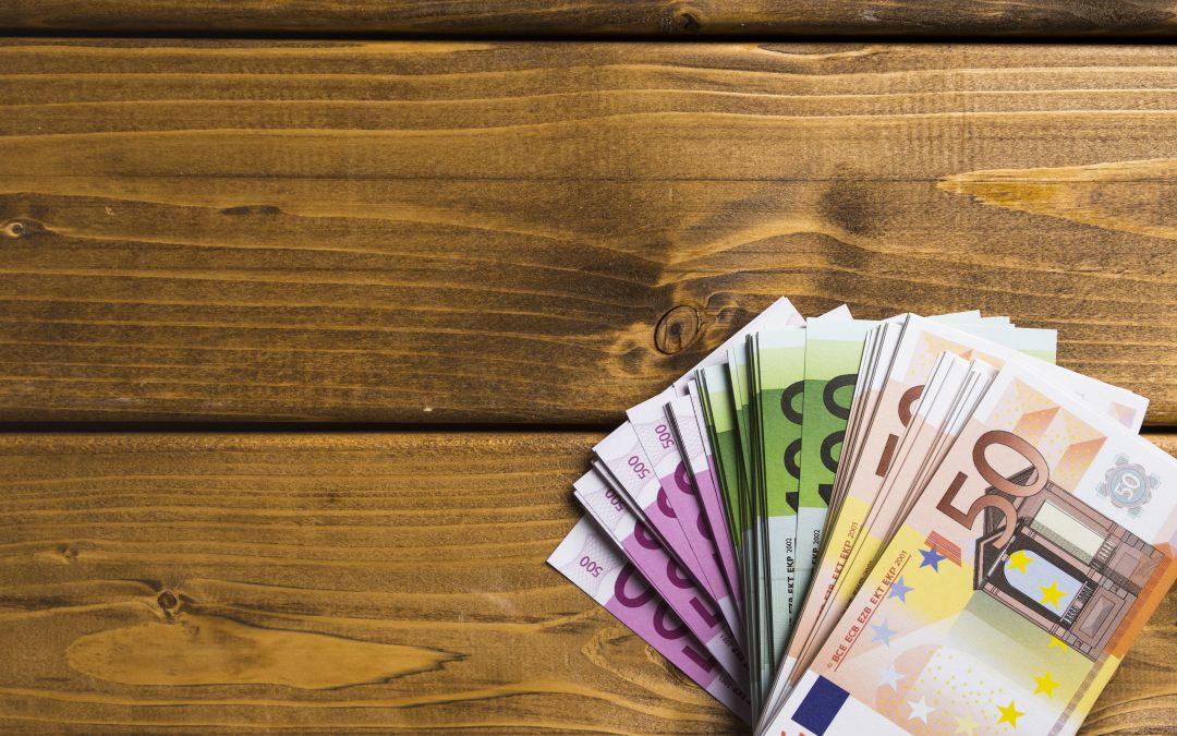 Lukijavinkki: Maksan aina setelirahoilla
